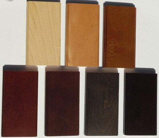Woodmont Doors maple stain colors in sunlight